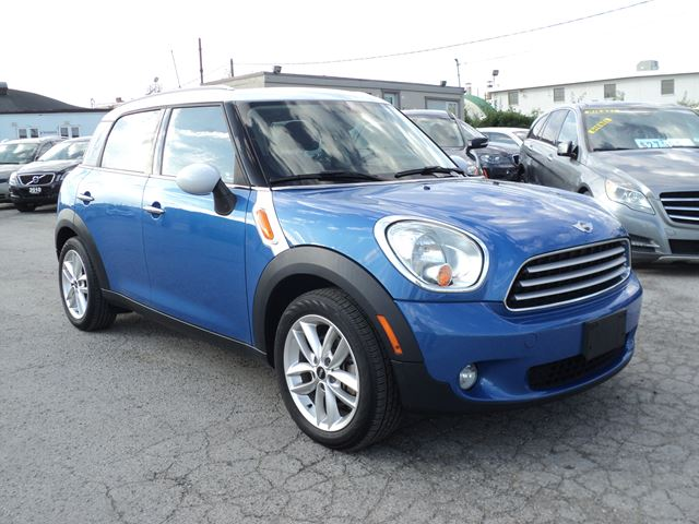 2012 MINI COOPER Countryman  PANORAMIC SUN ROOF in Oakville, Ontario