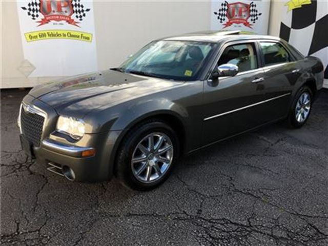 2010 CHRYSLER 300 Limited,  Auto, Navi, Leather, Sunroof, 66.000km in Burlington, Ontario
