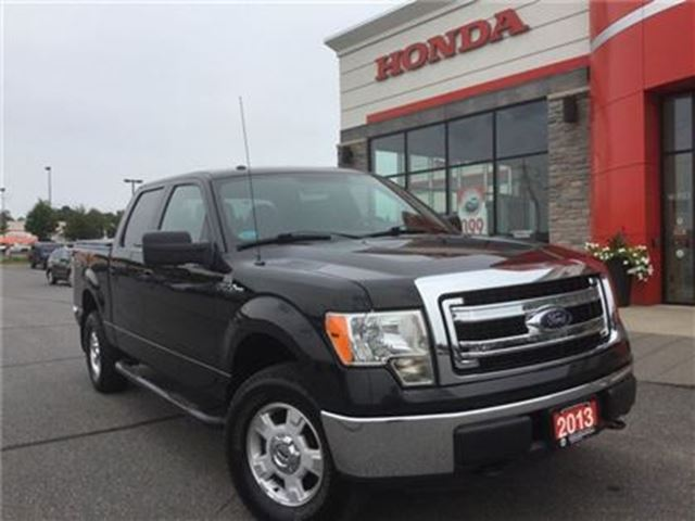 2013 Ford F-150 XLT - ONE OWNER! in Huntsville, Ontario