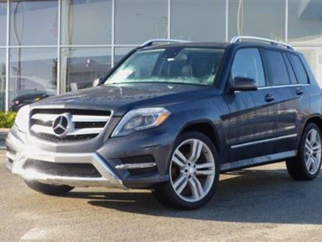 2013 MERCEDES-BENZ GLK-CLASS 4matic *Sport Package* in North Vancouver, British Columbia
