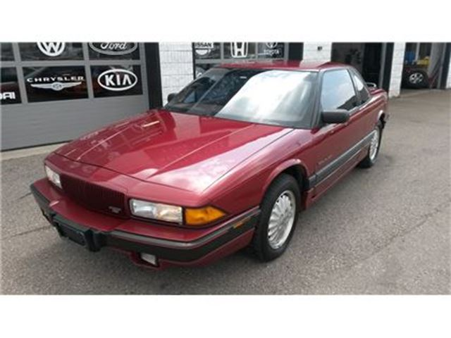 1993 BUICK REGAL LEATHER in Guelph, Ontario