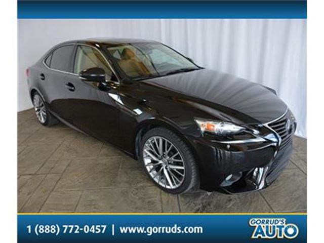2014 LEXUS IS 250 AWD/NAV/SUNROOF/LEATHER/CAMERA/BLUETOOTH in Milton, Ontario
