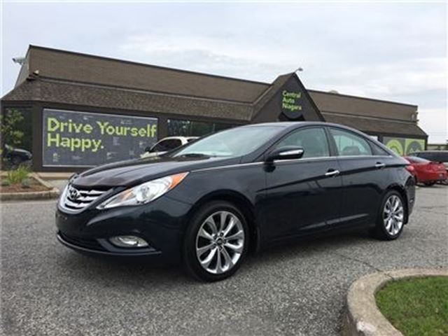 2011 HYUNDAI SONATA Limited in Fonthill, Ontario