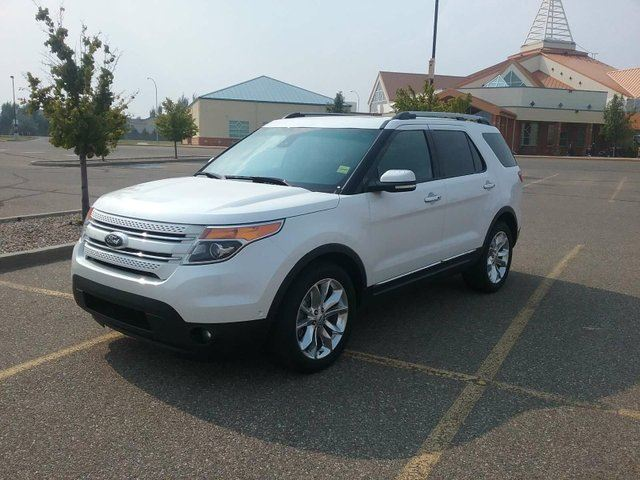 2014 FORD EXPLORER Limited 4x4 in Medicine Hat, Alberta
