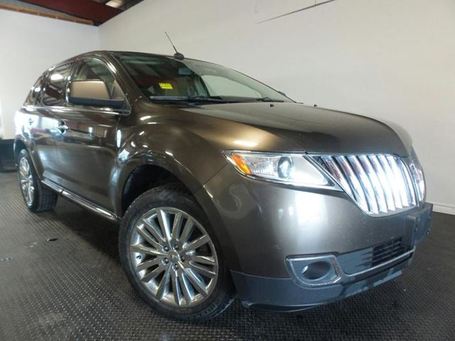 2011 LINCOLN MKX BASE in Midland, Ontario