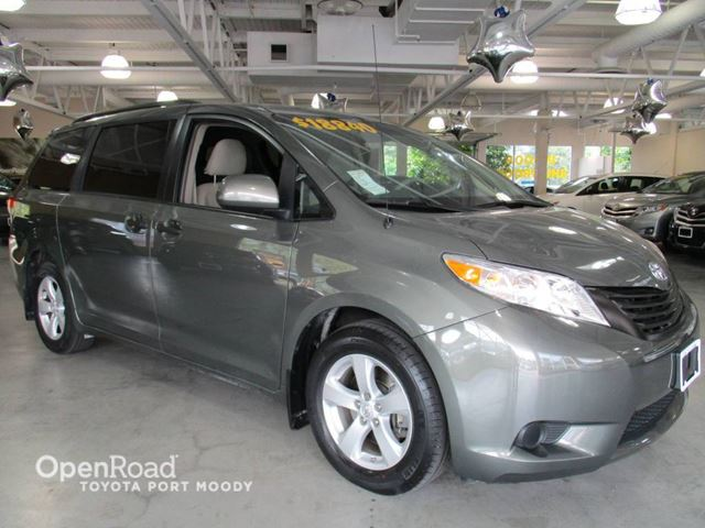 2011 Toyota Sienna Dual Climate Zone, Keyless Entry,  7 Passengers in Port Moody, British Columbia