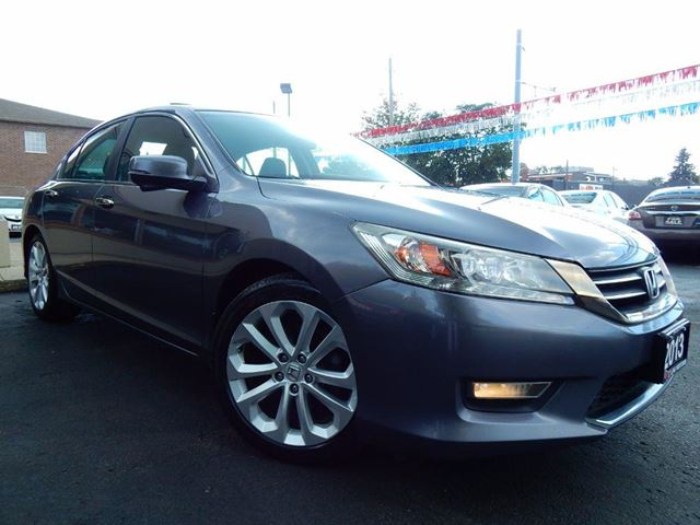 2013 HONDA ACCORD TOURING  NAVIGATION  BACK UP CAM  NO ACCIDENTS in Kitchener, Ontario