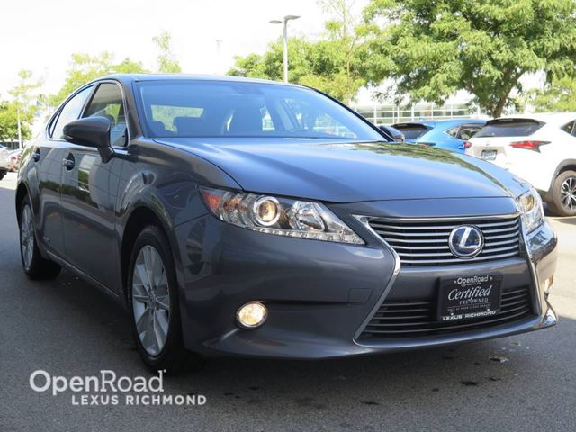2015 LEXUS ES 300H One Owner, Accident Free in Richmond, British Columbia