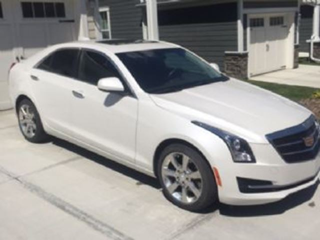 2015 CADILLAC ATS 2.0L AWD w/CUE and Sunroof in Mississauga, Ontario