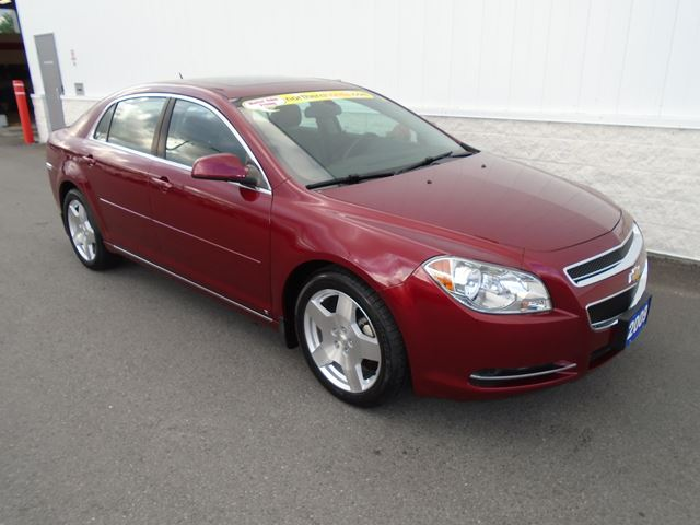2009 CHEVROLET MALIBU 2LT in North Bay, Ontario