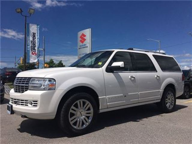 2010 LINCOLN NAVIGATOR Ultimate 4X4 ~Nav ~7-Pass ~RearView Camera in Barrie, Ontario