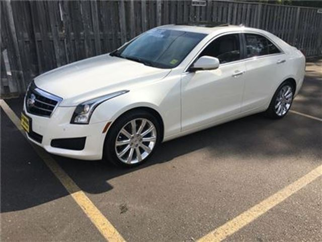 2014 CADILLAC ATS Luxury, Leather, Sunroof, AWD, 39,000km in Burlington, Ontario