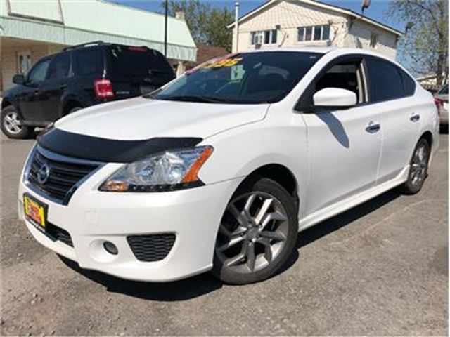 2014 NISSAN SENTRA 1.8 SR SUN ROOF HEATED FRONT SEATS in St Catharines, Ontario