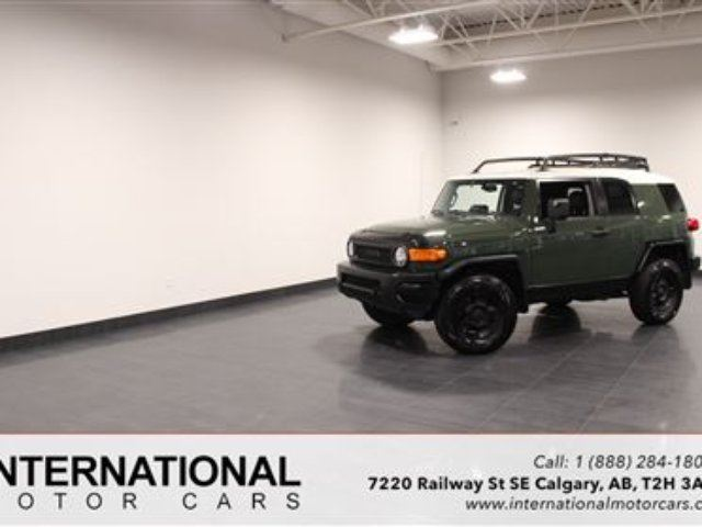 2010 TOYOTA FJ CRUISER BLOWOUT PRICING!! in Calgary, Alberta