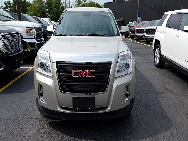 2015 GMC TERRAIN SLE1 FWD ** ONE Owner!!  Purchased, Serviced AN in Virgil, Ontario