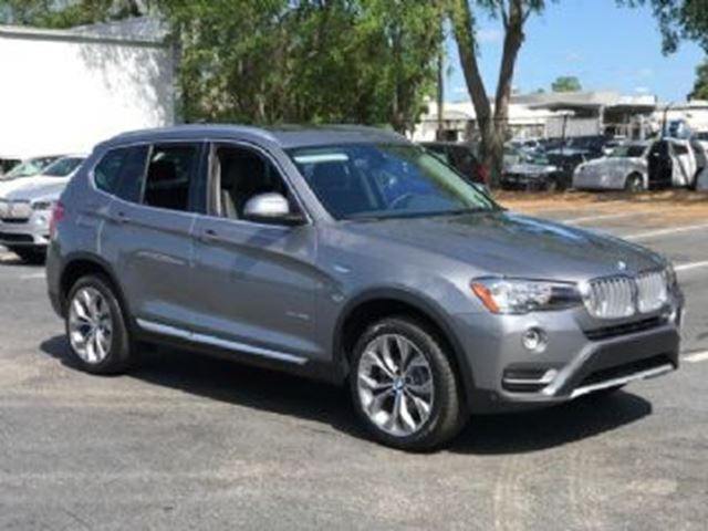 2017 BMW X3 xDrive 28i Premium Pack in Mississauga, Ontario