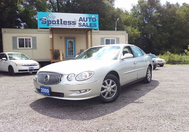 2009 BUICK ALLURE CX in Whitby, Ontario