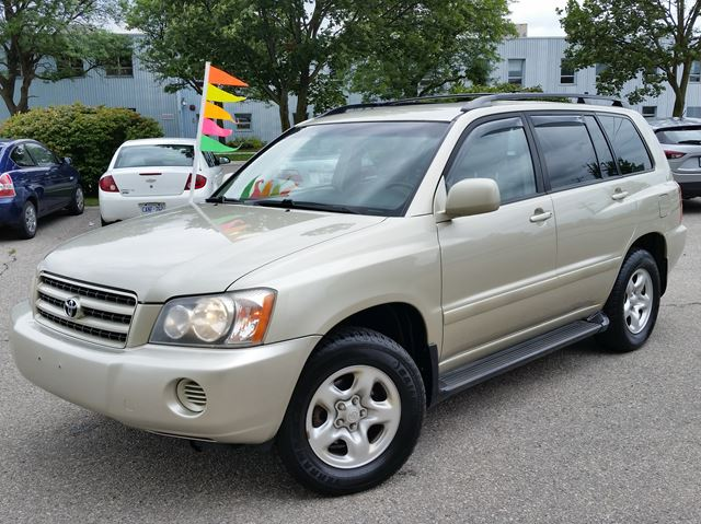 2003 TOYOTA HIGHLANDER 4WD in Cambridge, Ontario
