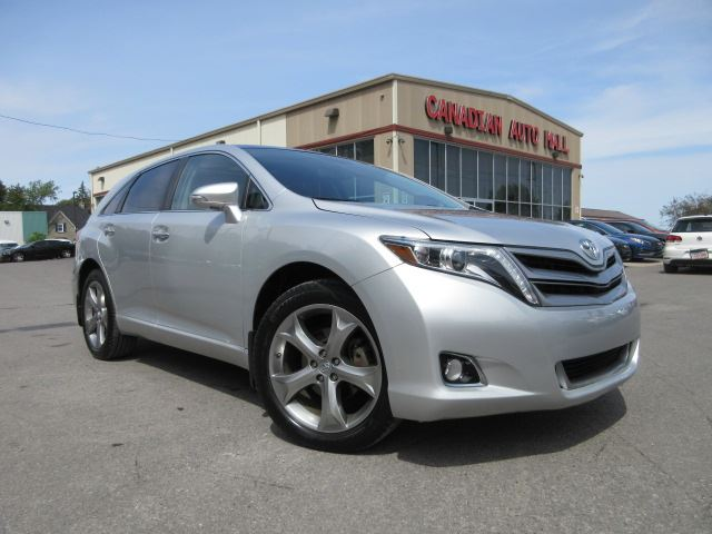 2014 Toyota Venza V6, AWD, LEATHER, ROOF, 70K! in Stittsville, Ontario
