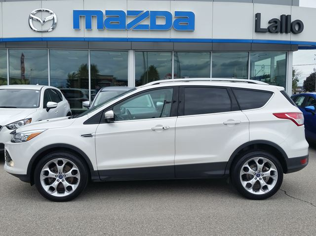 2014 FORD ESCAPE Titanium 4WD in Brantford, Ontario