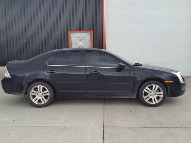 2006 FORD FUSION SEL in Jarvis, Ontario