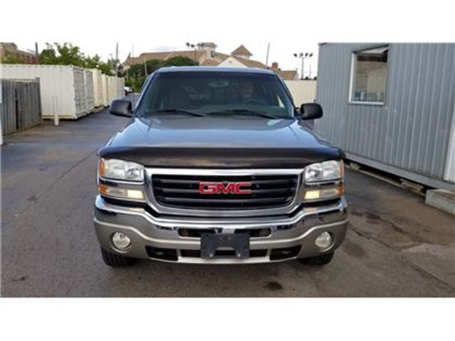 2003 GMC SIERRA 1500 SLE 6.0L in Burlington, Ontario