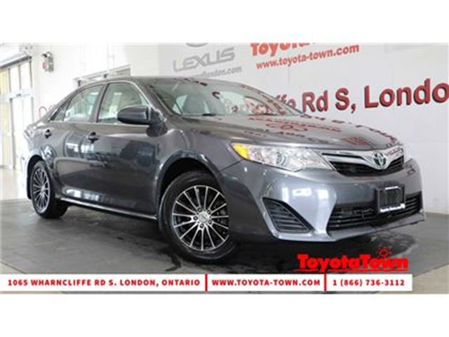 2014 TOYOTA CAMRY SINGLE OWNER LE in London, Ontario