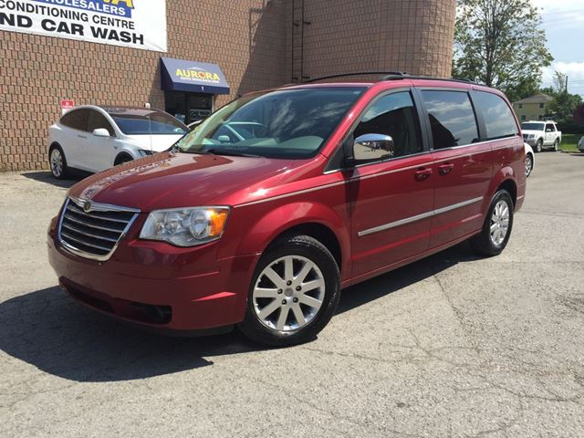 2010 CHRYSLER TOWN AND COUNTRY TOURING 4.0L - NAVIGATION - DUAL DVD PKG in Aurora, Ontario