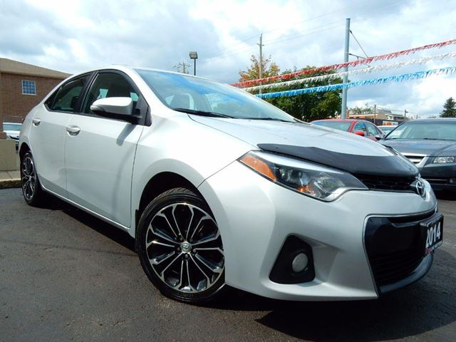 2014 TOYOTA COROLLA S 6-SPEED MT  LEATHER.ROOF  BLUETOOTH.CAMERA in Kitchener, Ontario
