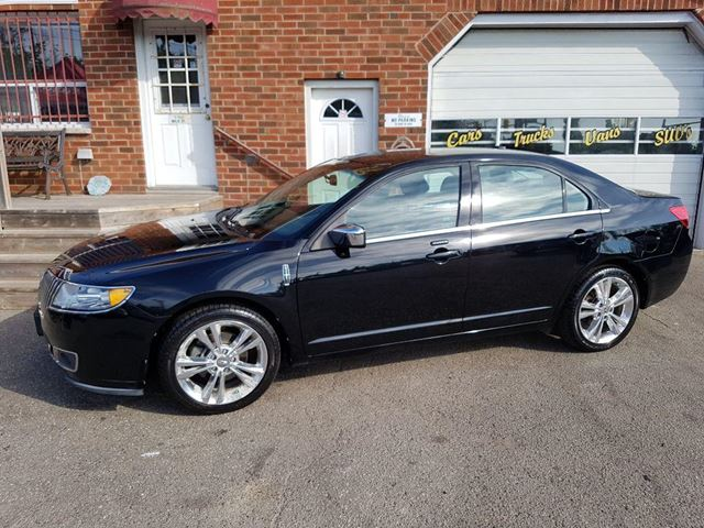 2012 LINCOLN MKZ           in Bowmanville, Ontario