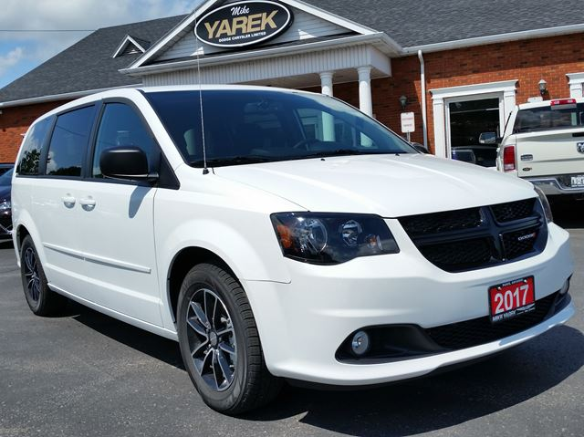 2017 DODGE GRAND CARAVAN SXT w/DVD in Paris, Ontario