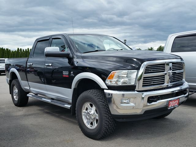 2012 DODGE RAM 2500 Laramie 4x4 Cummins Turbo-Diesel in Paris, Ontario