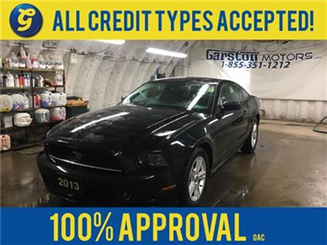 2013 FORD MUSTANG PREMIUM*COUPE*V6*KEYLESS ENTRY*ALLOYS*ONE TOUCH PO in Cambridge, Ontario