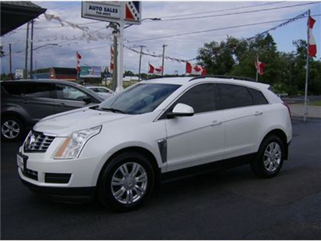 2013 CADILLAC SRX LUXURY SUV !!! BEAUTIFUL !! in Welland, Ontario