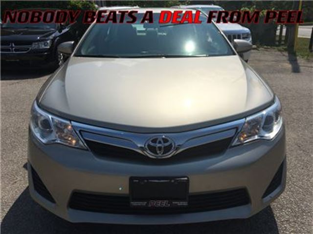 2013 TOYOTA CAMRY LE**BACK-UP CAM**BLUETOOTH**CAR PROOF CLEAN** in Mississauga, Ontario