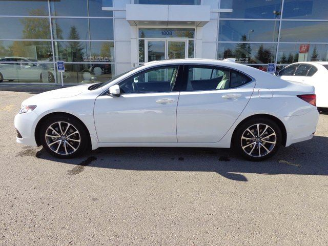 2016 ACURA TLX Elite - Heated Leather Int, B/U Cam + Sunroof! in Red Deer, Alberta