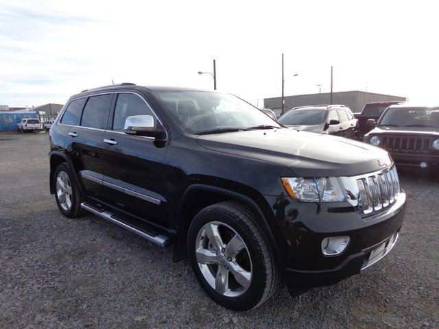 used 2012 jeep grand cherokee overland yellowknife. Black Bedroom Furniture Sets. Home Design Ideas