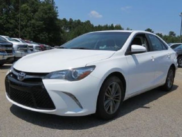 2016 TOYOTA CAMRY Hybrid 4dr Sdn XLE in Mississauga, Ontario