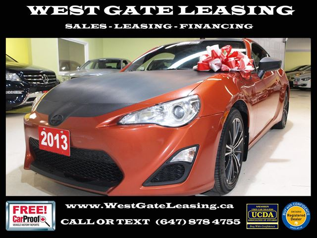 2013 SCION FR-S TECH PCKG  TOUCH SCREEN  AUTOMATIC   in Vaughan, Ontario