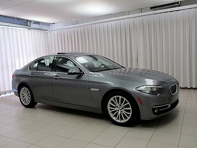 2014 BMW 5 SERIES 528i x-DRIVE AWD w/ NAVIGATION, MOONROOF & HEAT in Halifax, Nova Scotia
