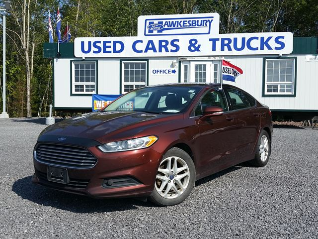 2016 ford fusion se burgundy hawkesbury ford. Black Bedroom Furniture Sets. Home Design Ideas