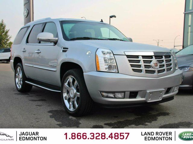 2012 CADILLAC ESCALADE Local AB Trade In | Originally USA | No Accidents | Navigation | Back Up Camera | Parking Sensors | Power Sunroof | Power Liftgate | Seats 7 | Blind Spot Monitor | BOSE Audio | 22 Inch Chrome Wheels | Bluetooth | Heated Steering Wheel | Heated/Cooled in Edmonton, Alberta