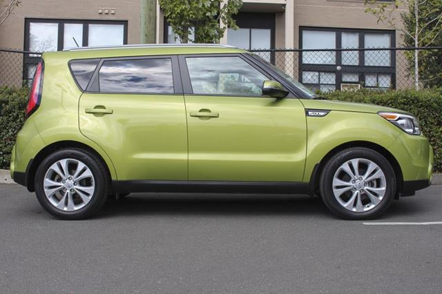 2014 KIA SOUL EX in Victoria, British Columbia