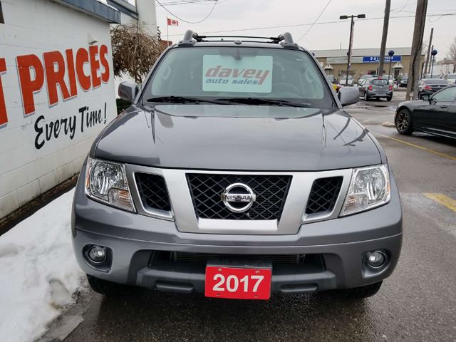 2017 nissan frontier pro 4x 4x4 crew cab sunroof oshawa ontario car for sale 2865557. Black Bedroom Furniture Sets. Home Design Ideas