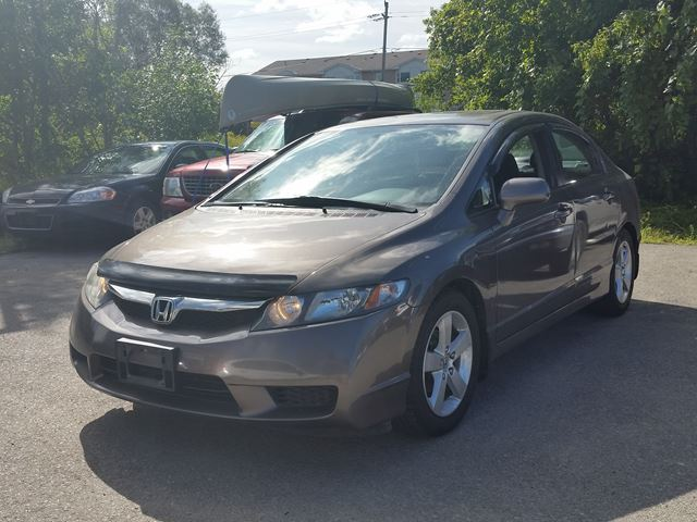 2011 Honda Civic  SE in Keswick, Ontario