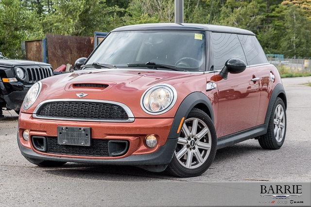 2012 MINI COOPER LEATHER!!!! in Barrie, Ontario