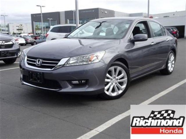 2014 HONDA Accord Touring! Honda Certified Extended Warranty to 120 in Richmond, British Columbia