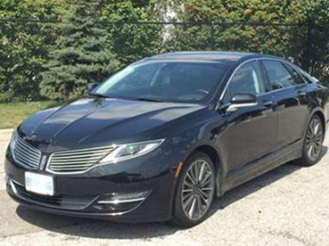 2016 LINCOLN MKZ 4dr Sdn FWD in Mississauga, Ontario