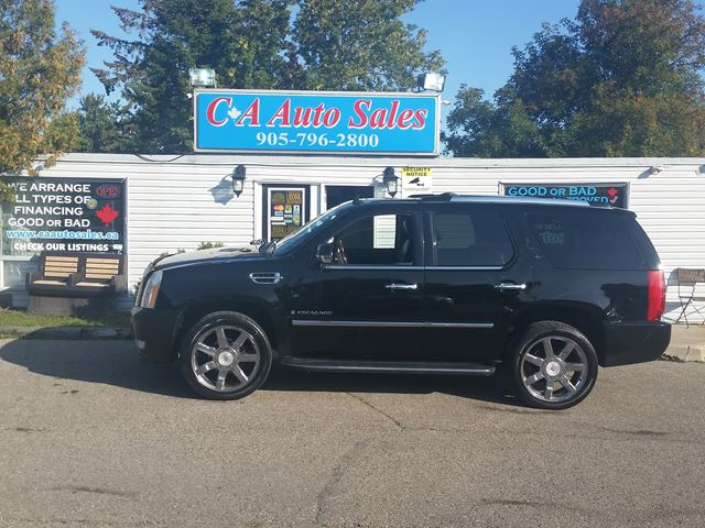 2008 CADILLAC ESCALADE WANT THIS TRUCK, TRADE YOUR OLD CAR FOR TOP $$$ in Brampton, Ontario