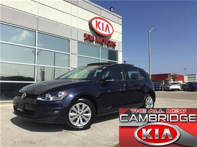 2017 VOLKSWAGEN GOLF COMFORTLINE LEATHERETTE SUNROOF in Cambridge, Ontario